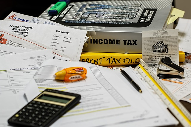 Why Credit Reports Are Helpful During Tax Prep